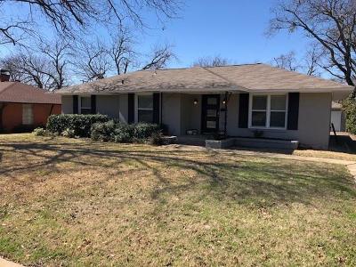 Dallas Single Family Home For Sale: 9961 Elmada Lane