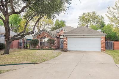 Arlington Single Family Home For Sale: 6921 Hawaii Lane