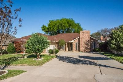 Irving Single Family Home For Sale: 1028 Old Mill Circle