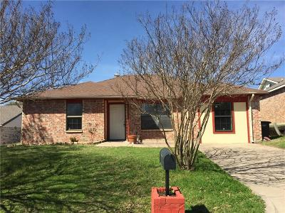 Fort Worth Single Family Home For Sale: 209 N Buffalo Grove Road