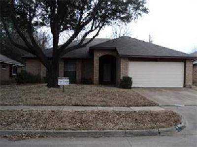 Cedar Hill Residential Lease For Lease: 829 Larue Drive
