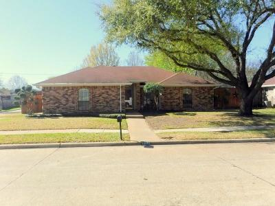 Arlington Single Family Home For Sale: 1000 Pierce Arrow Drive