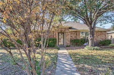Dallas Single Family Home For Sale: 5239 Clover Haven Street
