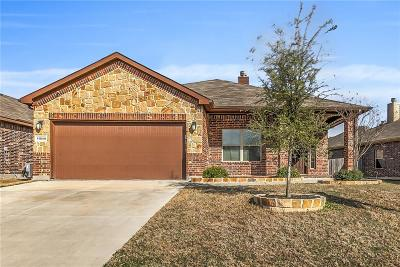Fort Worth TX Single Family Home For Sale: $219,000