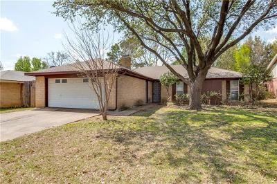Arlington Single Family Home For Sale: 2214 Lavon Creek Lane