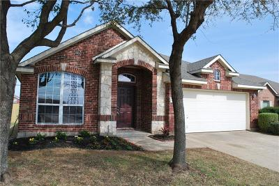 Grand Prairie TX Single Family Home For Sale: $259,900
