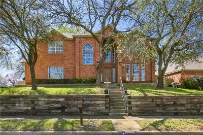 Bedford Single Family Home For Sale: 1205 Greendale Drive