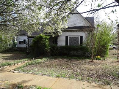 Whitesboro Single Family Home For Sale: 400 E Main Street