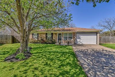 Arlington Single Family Home For Sale: 5208 Hideaway Court