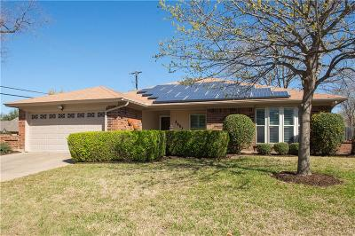 Bedford, Euless, Hurst Single Family Home For Sale: 2001 Brightwood Drive