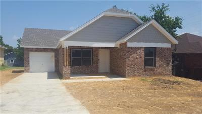 Fort Worth Single Family Home For Sale: 5608 Humbert Avenue