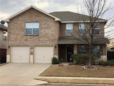 Fort Worth Single Family Home For Sale: 9017 Graywolf Ridge Trail
