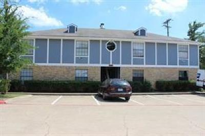 Dallas Multi Family Home Active Contingent: 2726 N Buckner Boulevard