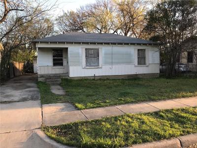 Grand Prairie TX Single Family Home For Sale: $69,900