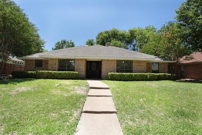 Irving Single Family Home For Sale: 3904 Greenhills Court W