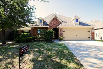 Fort Worth Single Family Home For Sale: 5209 Sorghum Drive
