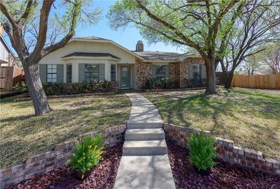 The Colony TX Single Family Home For Sale: $265,500