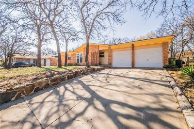 Bedford Single Family Home For Sale: 16 Somerset Terrace
