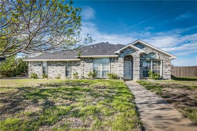 Midlothian Single Family Home For Sale: 951 Crest Ridge Drive