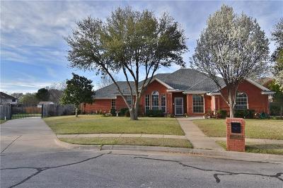 Keller Single Family Home For Sale: 1507 Justin Court