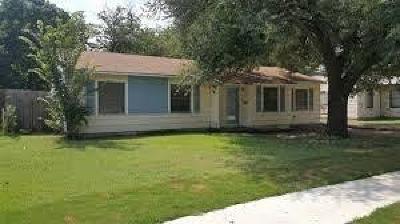 Arlington Single Family Home For Sale: 1502 Kent Drive