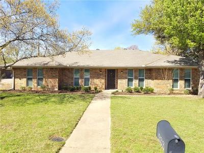 Highland Village Single Family Home For Sale: 499 Medina Drive
