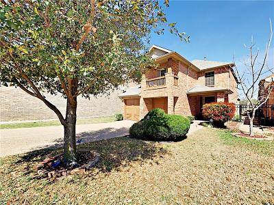 Grand Prairie Single Family Home For Sale: 1056 Kaylie Street