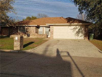 Arlington Single Family Home For Sale: 6403 Avanti Drive