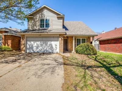 Arlington Single Family Home For Sale: 5207 Trailhead Drive