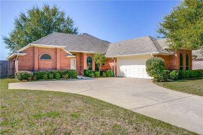 North Richland Hills Single Family Home For Sale: 8216 Vine Wood Drive