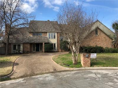 Arlington Single Family Home For Sale: 1401 Porto Bello Court
