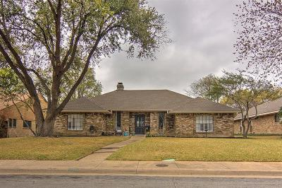 Dallas Single Family Home For Sale: 10115 Laingtree Drive