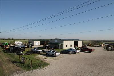 Coolidge, Mexia, Mount Calm Commercial For Sale: 1000 Fm 3119