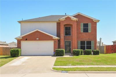 Arlington Single Family Home For Sale: 1402 Dundee Drive