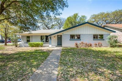 Hurst Single Family Home For Sale: 401 Moore Creek Road