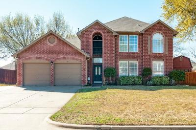 North Richland Hills Single Family Home For Sale: 7917 Ember Oaks Drive