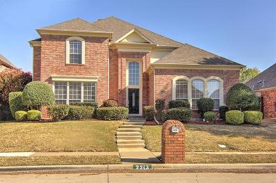 Irving Single Family Home For Sale: 2213 Aristocrat Drive
