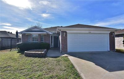 Fort Worth Single Family Home For Sale: 7905 Buttonwood Drive