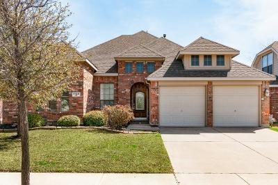Fort Worth TX Single Family Home For Sale: $299,900