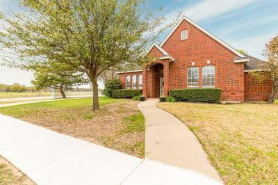 Keller Single Family Home For Sale: 357 Cindy Court