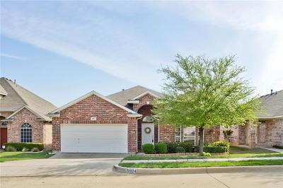 Fort Worth Single Family Home For Sale: 5804 Minnow Drive