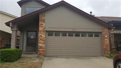 Garland Single Family Home For Sale: 2914 Southern Cross Drive