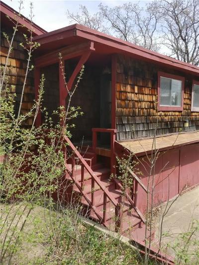 Azle Single Family Home For Sale: 525 Marquette Avenue