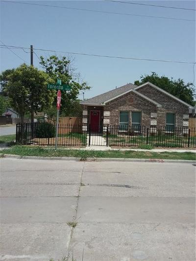 Dallas TX Single Family Home For Sale: $225,000