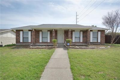 Garland Single Family Home For Sale: 2942 Esquire Lane