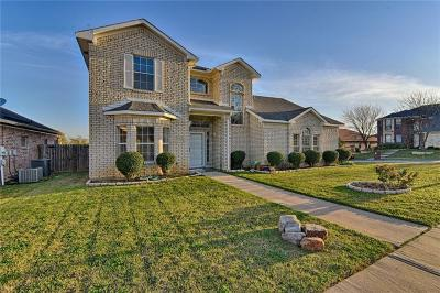 Kennedale Single Family Home For Sale: 1137 Fawn Meadow Trail