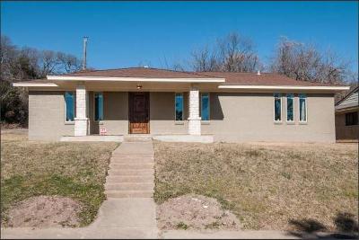 Dallas Single Family Home For Sale: 2405 Sue Street