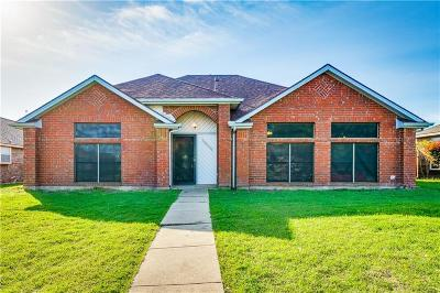 Rowlett Single Family Home For Sale: 2612 Trumpet Drive