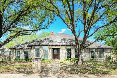 Single Family Home For Sale: 9631 Robin Meadow Drive