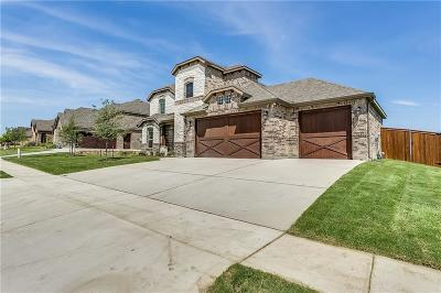 Burleson Single Family Home For Sale: 112 St Elias